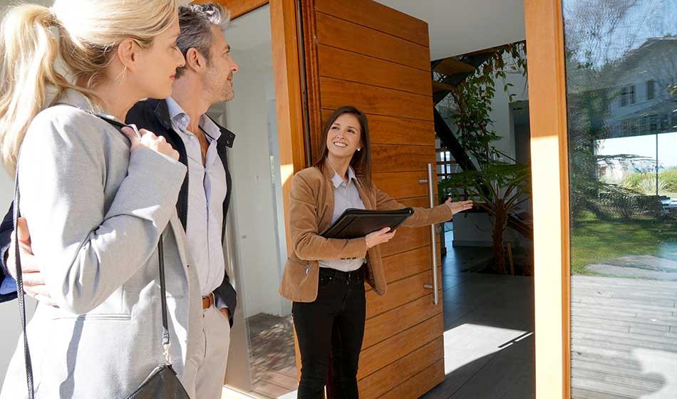 Zum Beruf des Immobilienmaklers gehört Vermittlungsgabe